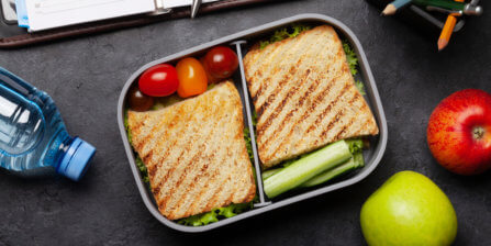 Tips & Ideas for How to Make a Lunchbox